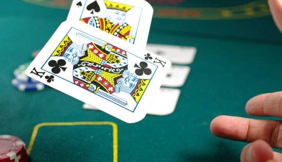 Dingwangya เสนอบริการระดับวีไอพีและ PokerKing จะนำรางวัลมาให้กับลูกค้ามากที่สุด