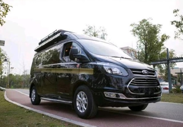 Ford Transit B-type RV ไม่เพียง แต่ช่วยคุณประหยัดเงิน แต่ยังช่วยปรับปรุงคุณภาพชีวิตด้วย